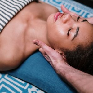 massage-neck-lymphatic